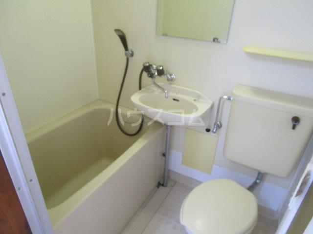 ニュー本多 101号室の風呂