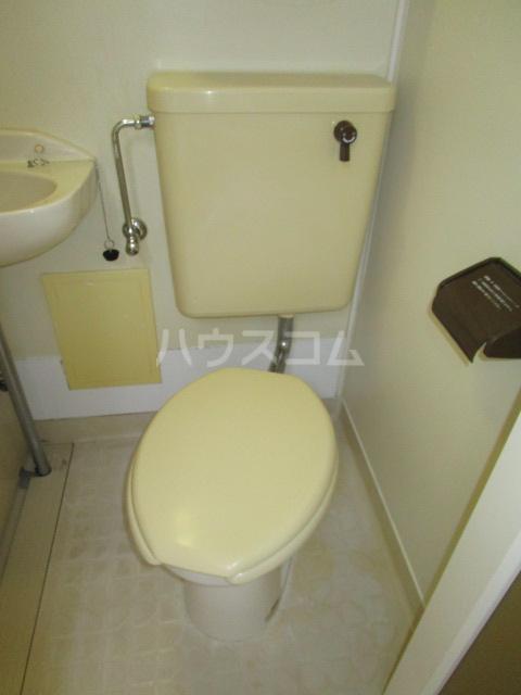 ニュー本多 101号室のトイレ