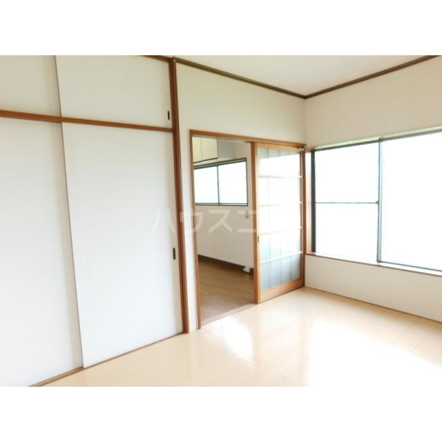 木村ハイツ 1-2号室のベッドルーム
