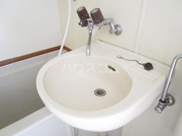 レオパレス森田 201号室のトイレ