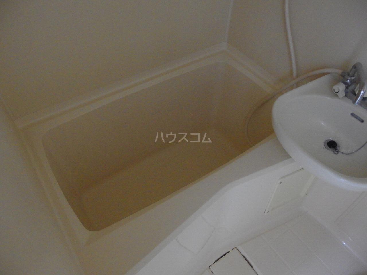 NKハイツ 210号室の風呂
