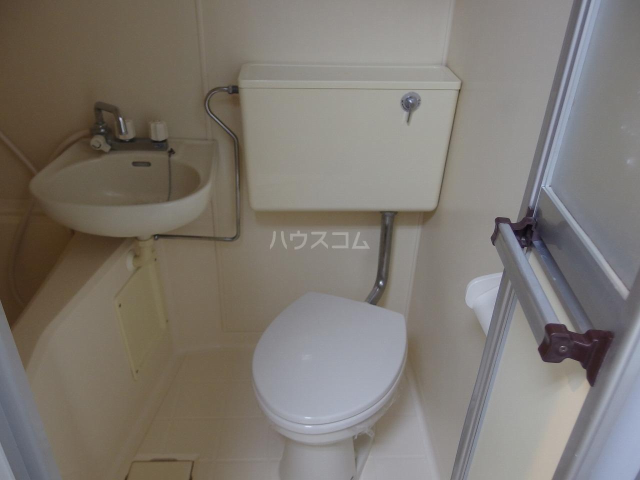 NKハイツ 210号室のトイレ
