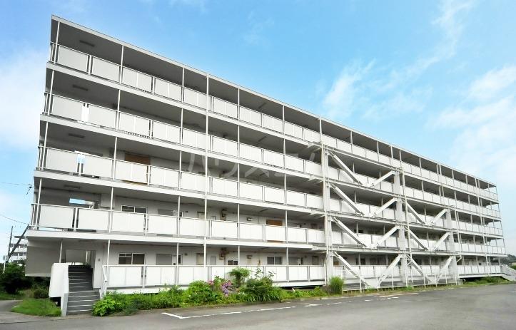 ビレッジハウス川井宿6号棟の外観