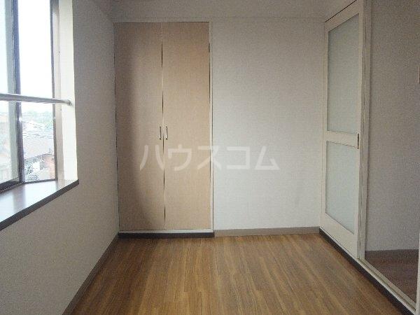 新清洲クラウンビル 201号室のベッドルーム