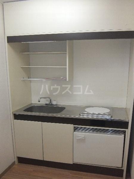 新清洲クラウンビル 301号室のキッチン