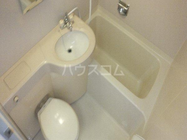 新清洲クラウンビル 401号室の風呂