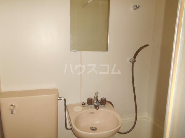 ラ プランセス 2-D号室の洗面所