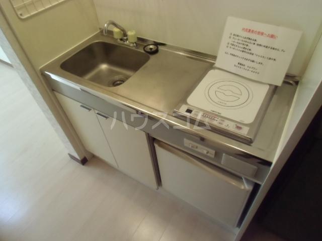 エスタ国分寺弐番館 105号室のキッチン