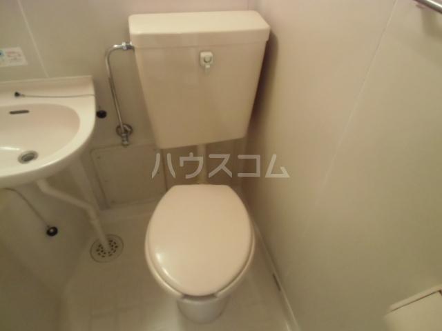 エスタ国分寺弐番館 105号室のトイレ