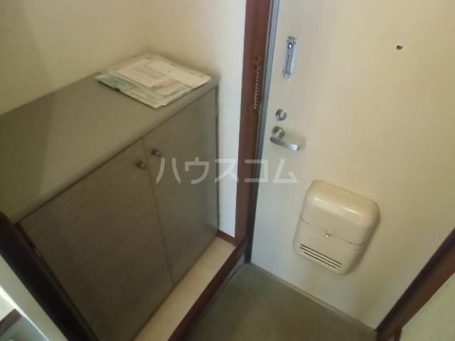 エスタ国分寺弐番館 105号室の玄関