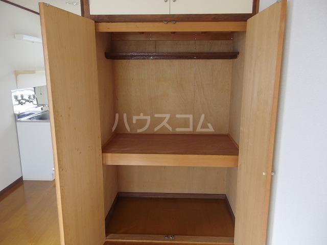 コーポ北形 201号室の収納