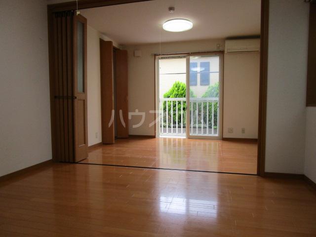 ベーネ8 105号室の居室