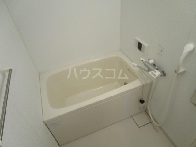 ベーネ8 205号室の風呂