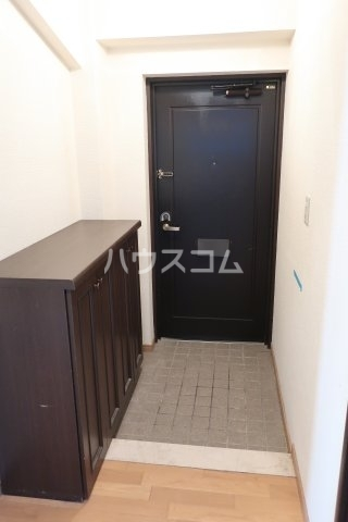 イトーピア正木公園 203号室の玄関