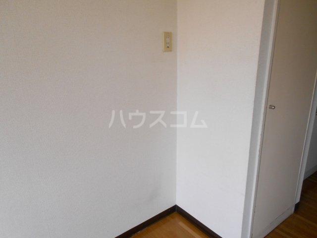 モード青木ビル 302号室のその他