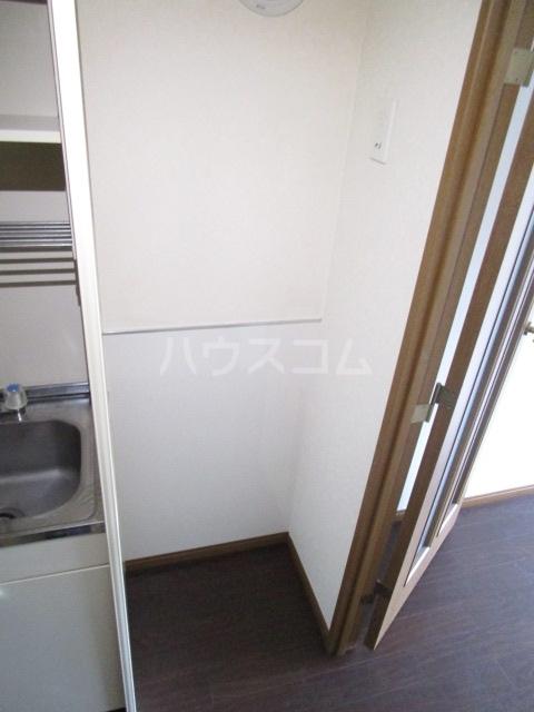 第6千代鶴ビル 206号室のキッチン