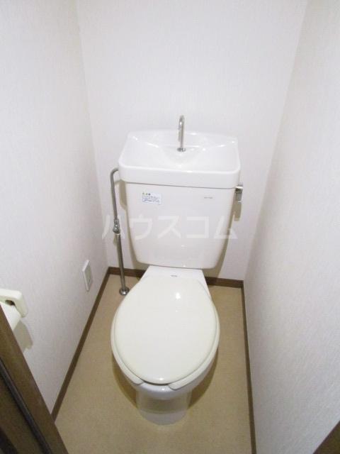 第6千代鶴ビル 206号室のトイレ