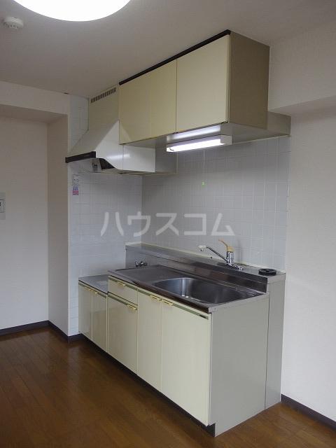 ガーデンスクエア 503号室のキッチン