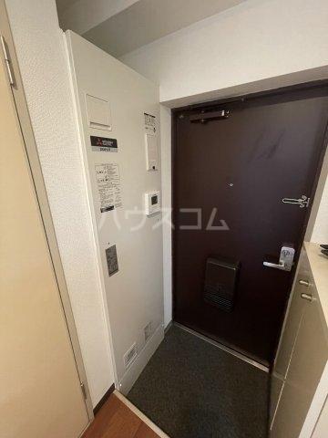 アメニティ泉 7A号室の玄関