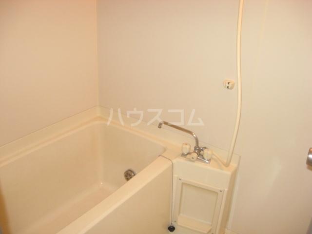 リバーサイド蘭 201号室の風呂