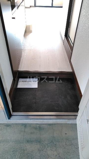 エムシーハイツ 105号室の玄関