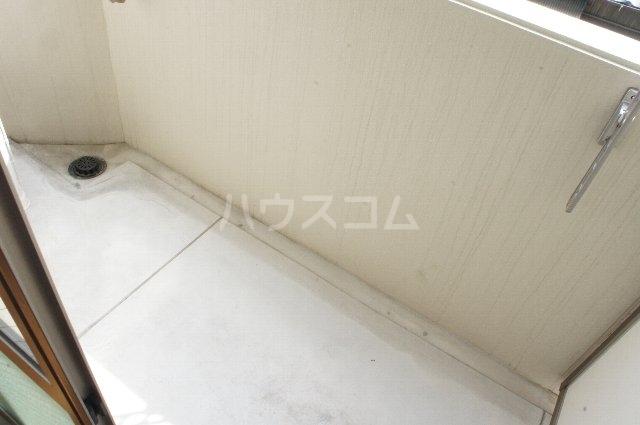 ライスフィールド 202号室のバルコニー