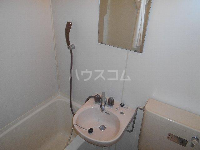 植村ビル 403号室の洗面所