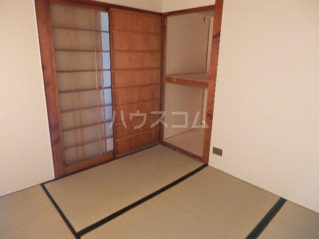 葵荘 101号室の居室