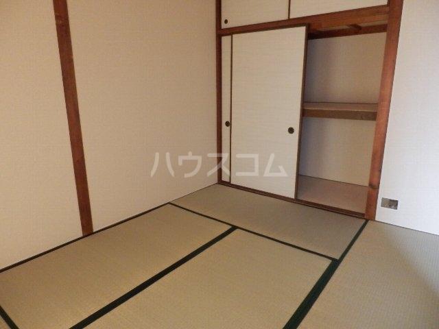 葵荘 101号室のベッドルーム