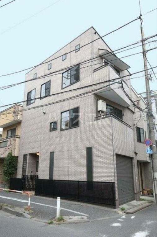 駒沢三丁目戸建の外観