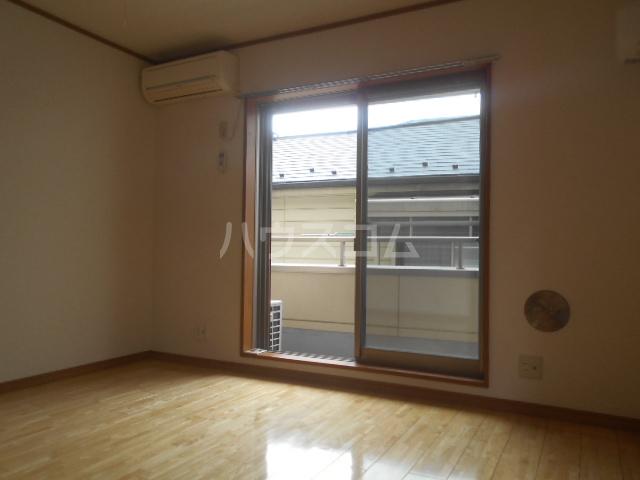 坂井コーポ 208号室の居室
