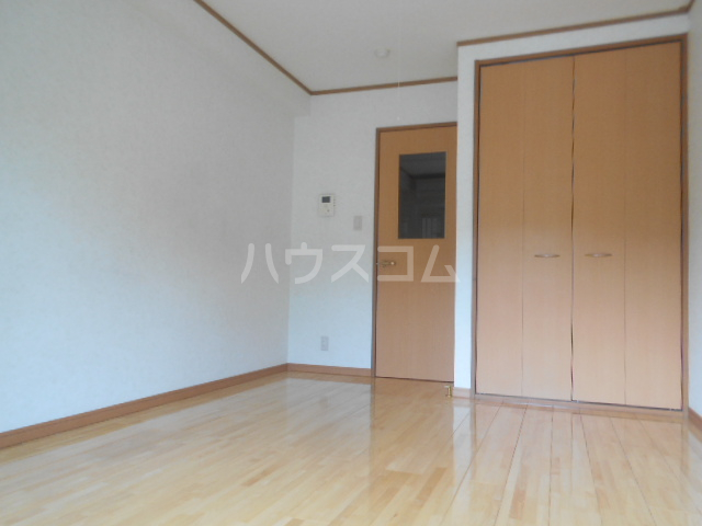 坂井コーポ 208号室のリビング