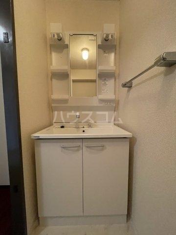 ラ・メゾンエスト 605号室のトイレ