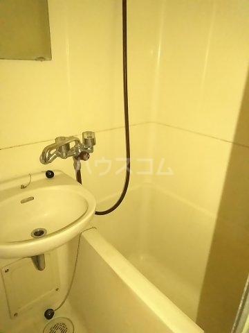 アップルハウス鶴間 101号室の風呂