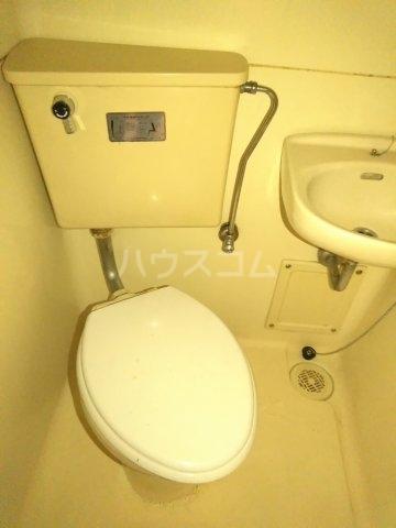 アップルハウス鶴間 101号室のトイレ