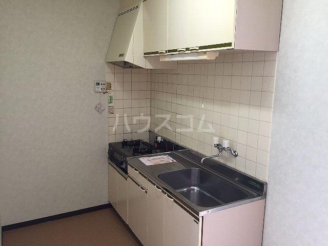 コーポラス改田 S25号室のキッチン