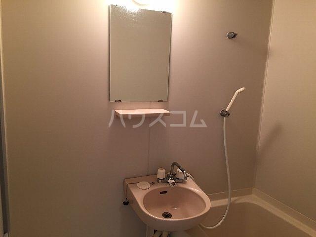 コーポラス改田 S25号室の洗面所