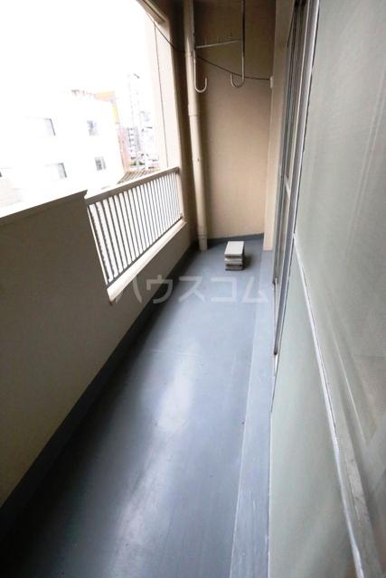 第二フタムラビル 302号室のバルコニー