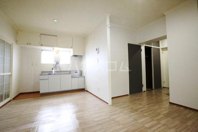 第二フタムラビル 302号室のキッチン