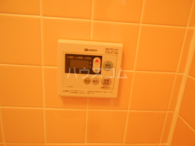 第2スザキハイツ 202号室の風呂