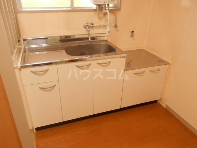 第2スザキハイツ 202号室のキッチン