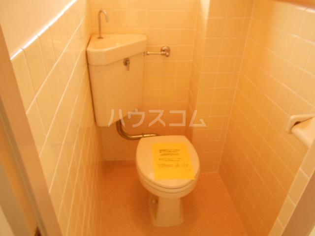 第2スザキハイツ 202号室のトイレ