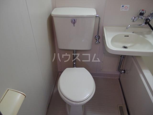 第5スザキハイツ 105号室のトイレ