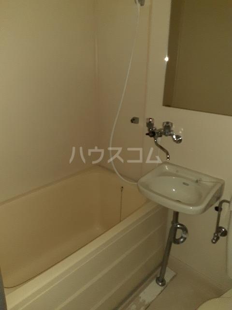 エルム高幡A棟 108号室の風呂