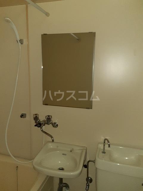 エルム高幡A棟 108号室の洗面所