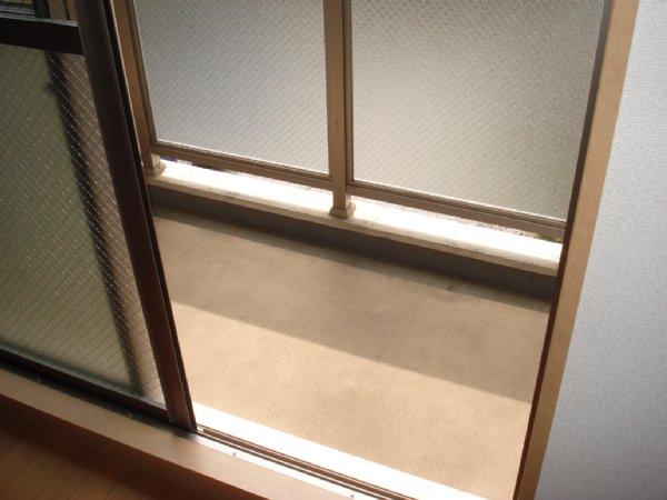 ガーデンビュー石神C聖蹟 307号室のバルコニー