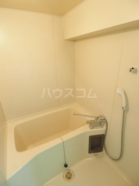 アスピア若鶴 305号室の風呂