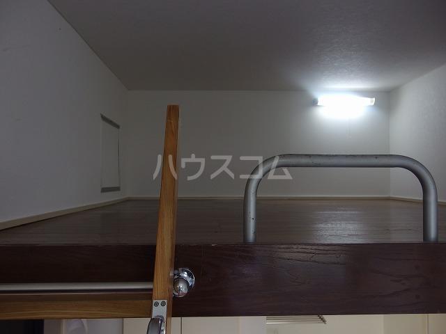 コーポシリウス 201号室の居室
