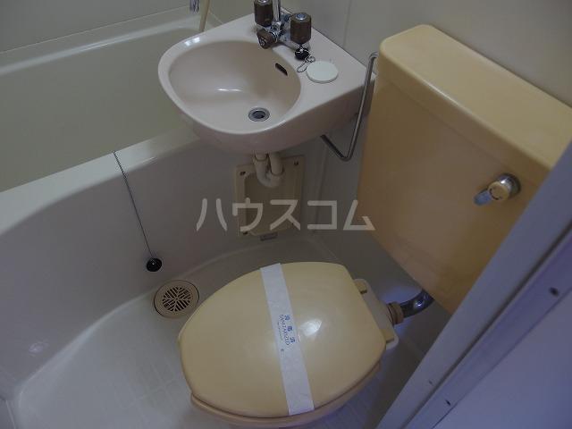 コーポシリウス 201号室のトイレ