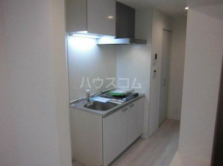 Presi桜新町Ⅱ 203号室のキッチン